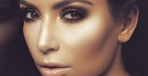 kim kardashian with contoured face