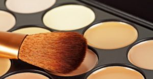 concealers and brush