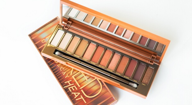 urban decay heat palette colors open