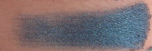 tarte be a mermaid Lagoon eye shadow swatch on skin